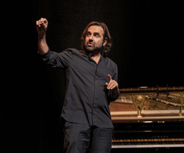 Bordeau Cinéma Théâtre - André Manoukian, Le Chant du Périnée @ Théâtre de l'Oeuvre, Paris